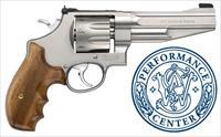 NIB Smith & Wesson 627 8 Times 357 Magnum!!! Dont Miss Out On This New Smith & Wesson!!!