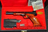 BROWNING MEDALIST .22 WITH CASE