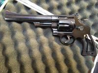 Smith & Wesson 2nd year production Model 29 .44 magnum (blue)