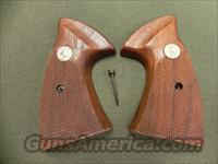 Colt Factory Grips for a Colt Trooper
