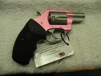 CHARTER ARMS UNDERCOVER LITE, .32H&R MAGNUM,  NO RESERVE, FREE LAYAWAY