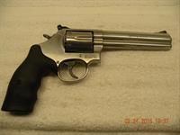 "SMITH & WESSON MODEL 686, STAINLESS, 6"" BBL, 357/38SPL FREE LAYAWAY"
