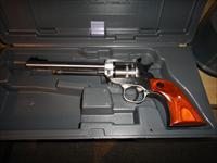 Ruger .22lr single 10 series revolver like new