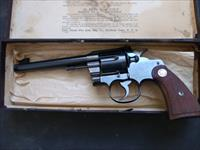 colt officers model 32 S+W long new in box
