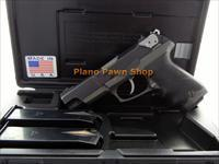 Ruger Model P89 9mm with 2 Mags in Case
