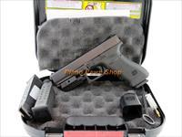 Glock Model 22 .40SW 3rd GEN with 3 Mags, Laser & Case
