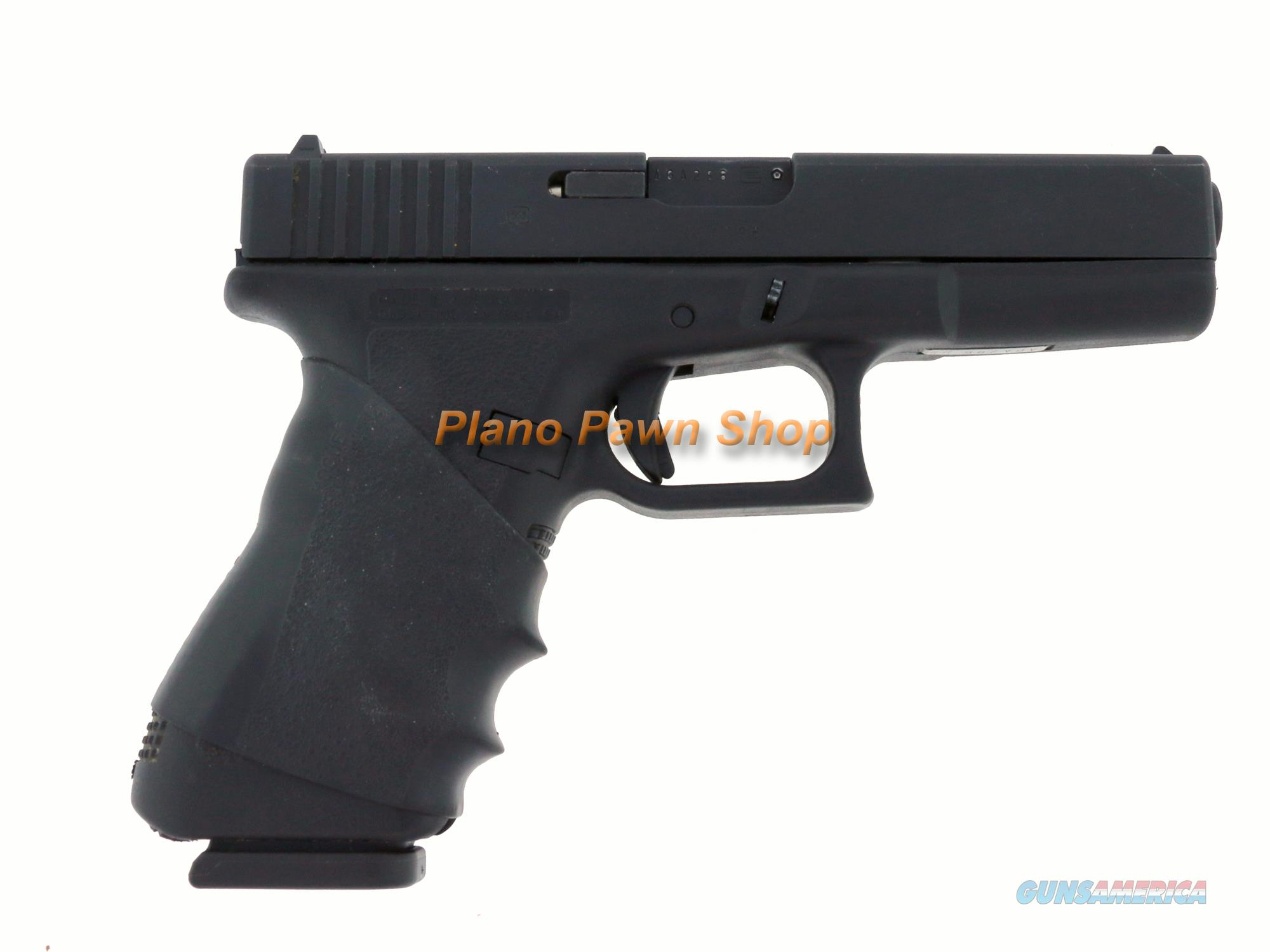 Glock Model 17 9mm with 4 Mags & Mag Holster