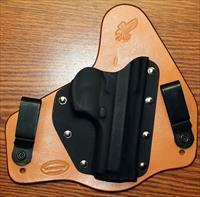 Wayne's Creations Kydex and leather holster for Beretta 92 L compact near mint