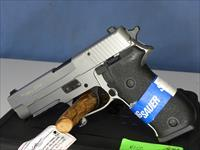Sig Sauer 220R 45 Stainless