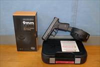 Glock 19 Gen 5 W/ 50 rd drum and Night Sights