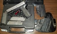 Sig Sauer SP2022 2 Tone 40sw with Tru GLo TFO Sights Used