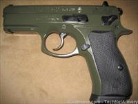 CZ 75 P01 9MM RARE OD Green SKU 91198 P-01 (2) mags