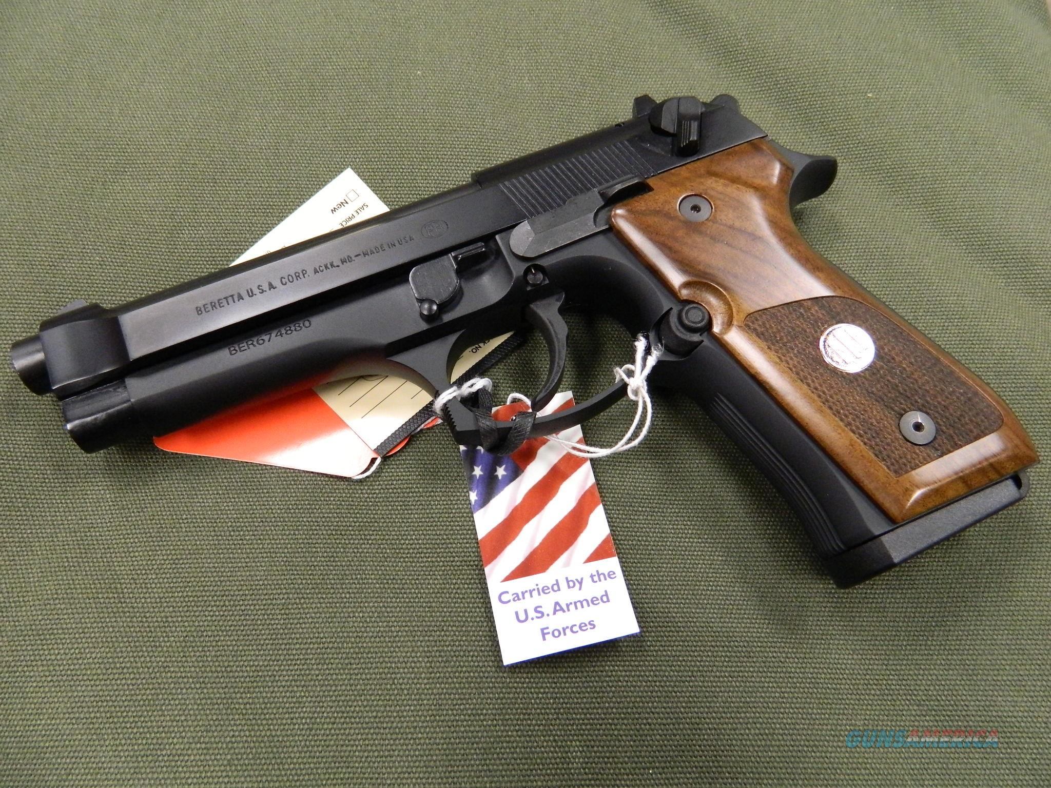 Beretta 92FS Trident with wood grips