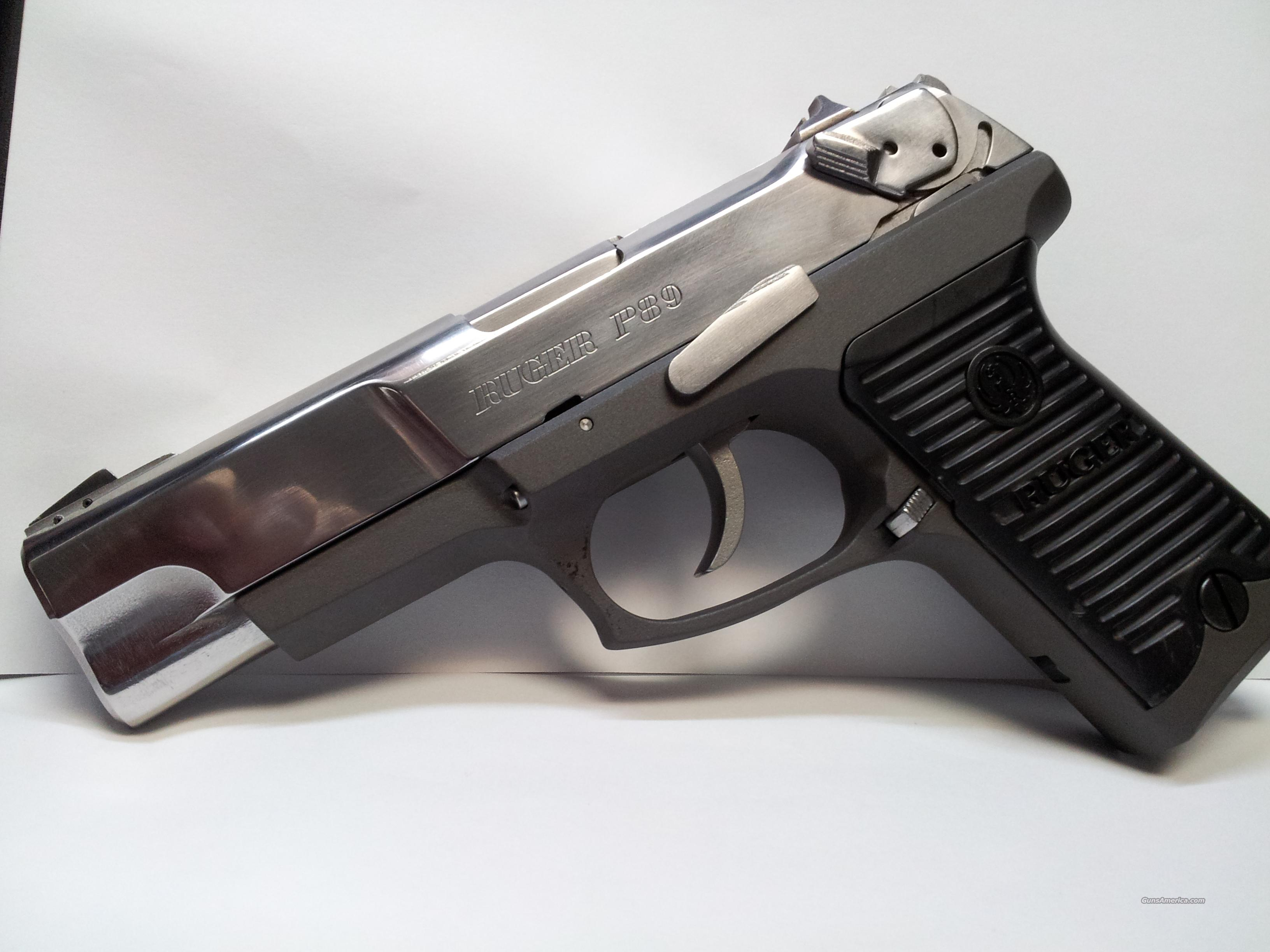 Polished Stainless Ruger P89, Mags Holster