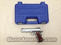 Smith & Wesson SW1911 .45ACP Pistol 108284 Target Sights New