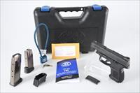 FNH USA FNS-40 Compact .40 S&W Pistol - New in Box