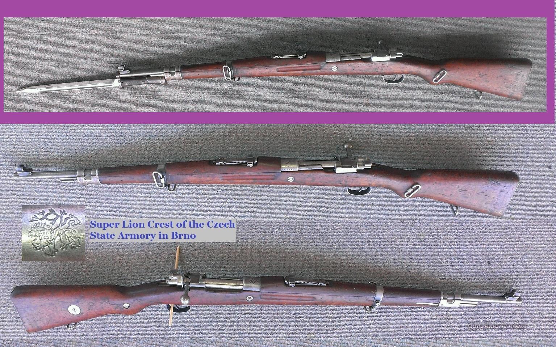 VZ-24 (VZ 24) Rifle + Bayonet,1939 Czech Lion Crest Mauser Bolt Action
