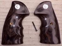 Colt Python smooth laminated wood finger groove target grips with Colt medallion