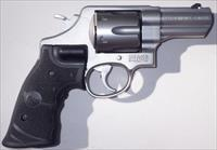 Smith & Wesson 629-6 .44 Mag., 3-inch, ported, fixed sight, Crimson Trace Lasergrips, Performance Center