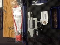 Smith and Wesson 642-2 a