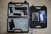 "BERETTA **** BEST OFFER OR BUY NOW- Like 'NIB"" 92 A1 with Accessories"