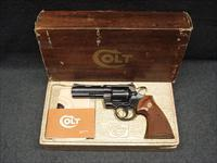 "COLT PYTHON 4"" ORIGINAL BOX LIKE NEW"