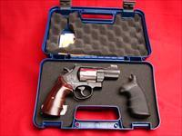 Smith & Wesson Model 329PD - Alaska Backpacker IV - 44 Magnum Limited Edition