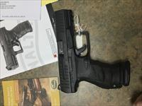 USED Walther PPQ 9mm Pistol w/ 4 MAGS