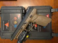 FN 5.7 THREADED barrel STREAMLIGHT FDE PACKAGE RARE