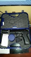 Beretta PX4-40 storm - Beautiful, slick, powerful - Never fired