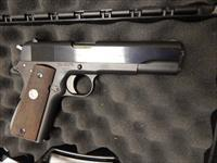Essex Arms   1911   .45  ACP with Colt Slide