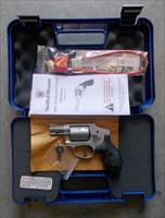 SMITH & WESSON 642 AIRWEIGHT 38SPL NIB
