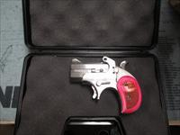 NEW BOND ARMS (pink bond girl) 357/38 Derringer