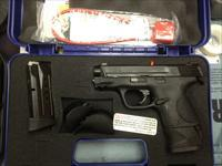 NEW SMITH & WESSON BODYGUARD  M&Pc 9mm EXTENDED MAG