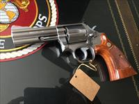 Smith & Wesson Model 686 (No Dash) PreLock