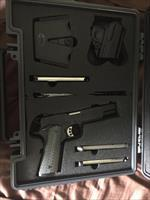 LNIB Springfield Tactical Operator (TRP) with extra mag in excellent condition