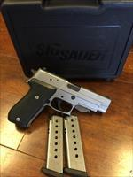 Sig Sauer P220 ST Stainless LIKE NEW IN BOX!