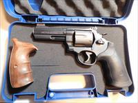 Smith & Wesson Model 329 PD