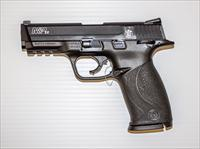 SMITH AND WESSON M&P 22