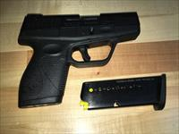 Taurus PT709 Slim  7+1  9mm - with free extra mag