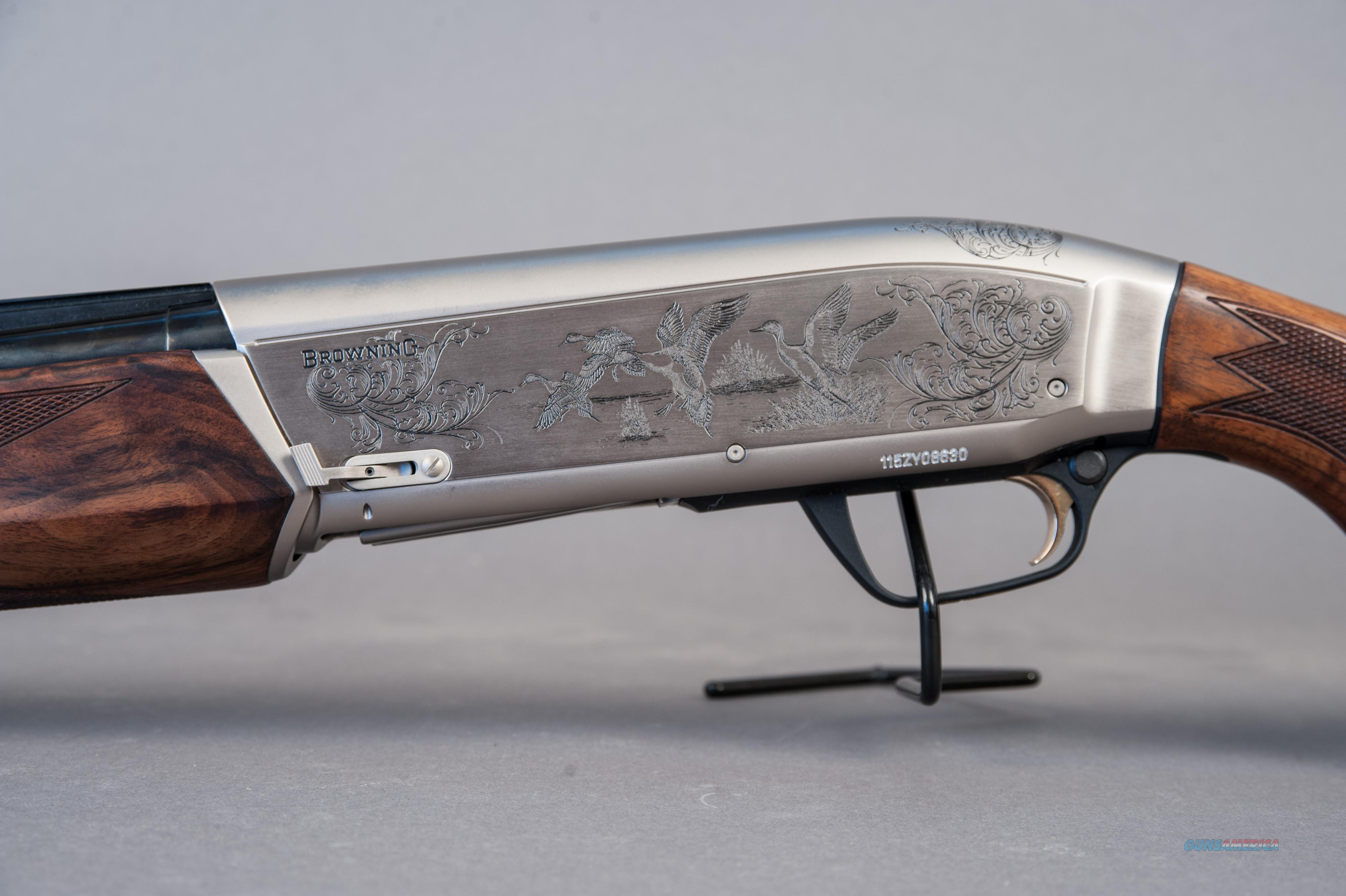 Browning Maxus Ultimate 12ga 30 Barrel Shotgun For Sale
