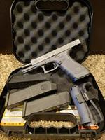 Glock 17 G17 9MM GREY with UPGRADES! FREE SHIPPING!
