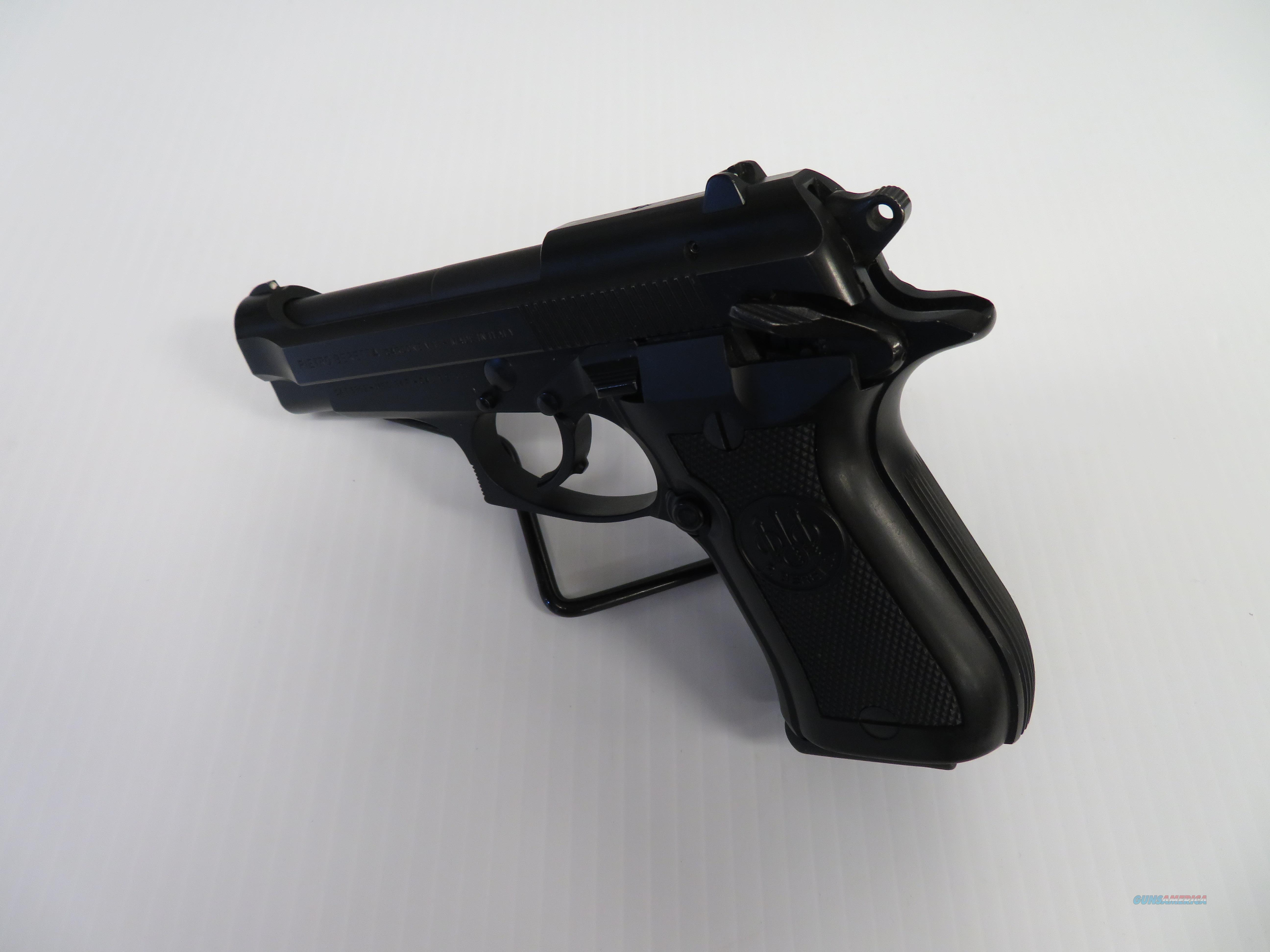 Beretta 84FS Cheetah Double-Action  380 Auto Pistol with Double-Stacked  13-Round Magazine