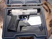 sig sauer  p2022 9mm like new