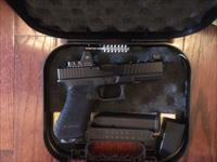 Race Ready Glock 17/ with 3.25 MOA RMR Sight