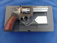 Ruger GP100 Stainless 4