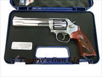 Smith & Wesson M686 Plus TALO 357 150712 NEW