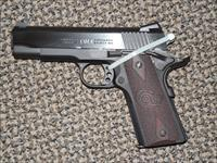 COLT LIGHT WEIGHT COMMANDER IN 9 MM!!!!