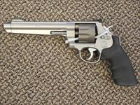 "S&W ""JERRY MIKELUK"" S&W MODEL 929 PERFORMANCE CENTER 9 MM EIGHT-SHOT REVOLVER"