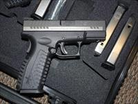 SPRINGFIELD ARMORY XDm 3.8 PISTOL IN 9MM, WITH TWO MAGAZINES